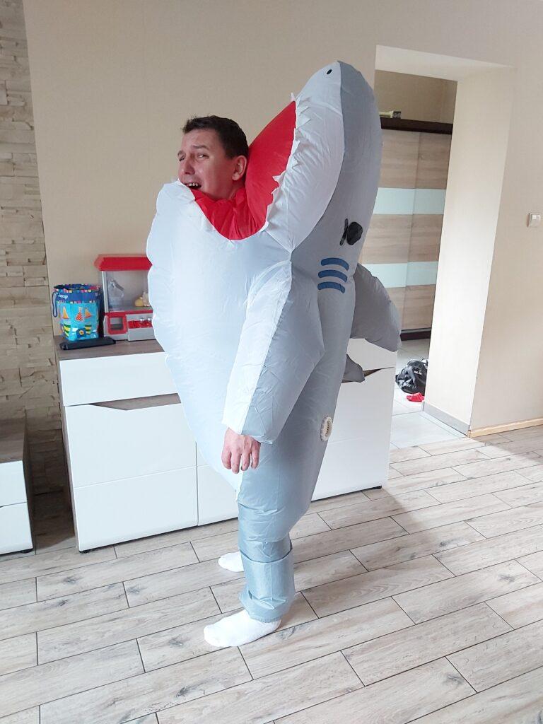 Nadmuchiwany Kostium Rekina - 50 zł